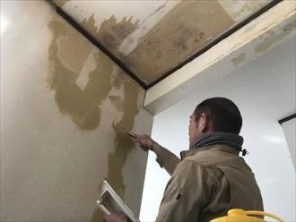 スレートの欠けよりも屋根塗装の方が優先事項です|市原市