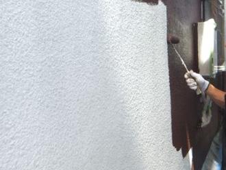 横浜市青葉区 ナノコンポジットWで外壁塗装 中塗り