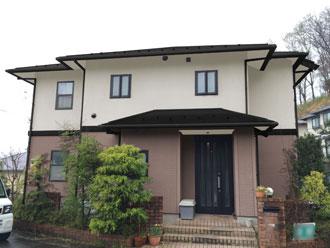 厚木市 屋根塗装 外壁塗装 外壁の色 カラーシミュレーション 屋根:黒 1階:05-60D 2階:ND-104 付帯部:黒-