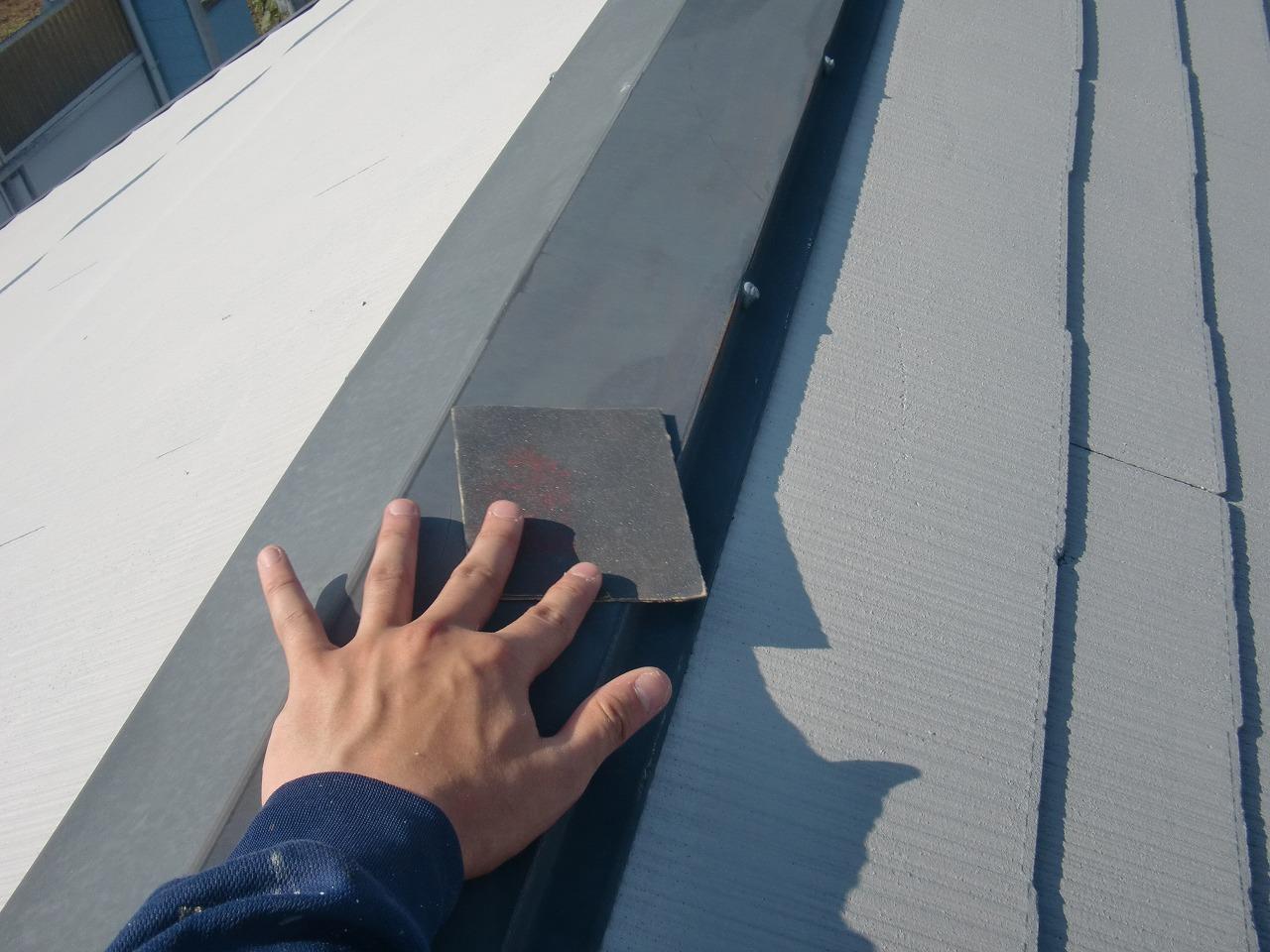 岡崎市   スレート屋根塗装工事、下準備から塗装をしました