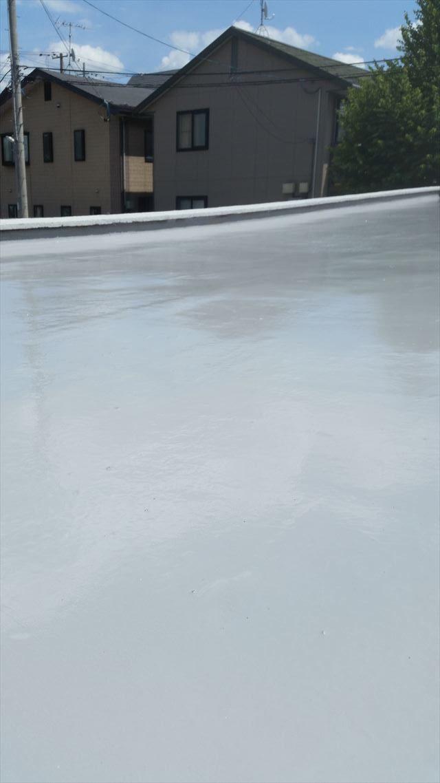 盛岡市津志田でコンクリート造りのガレージの防水工事を行いました。