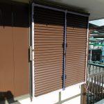 朝霞市宮戸で塗装工事中の現場が付帯部の塗装開始です