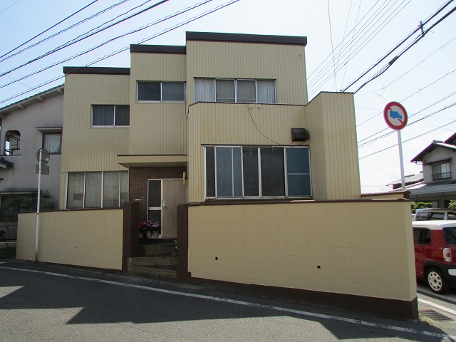 倉敷市水江 戸建借家 外壁安価提案 単層弾性塗り替え工事