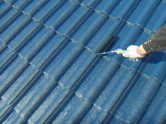 習志野市 屋根塗装 上塗り セメント瓦 ルーフマイルドシリコン