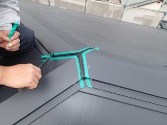 千葉県 館山市 屋根カバー工法 スレートのクラック補修