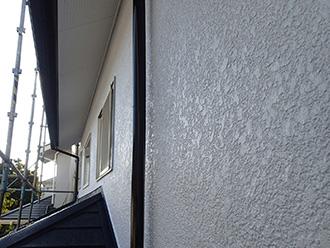 千葉県 市原市 外壁塗装 塗料と攪拌機