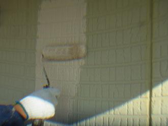 習志野市 外壁塗装 中塗り ナノコンポジットW